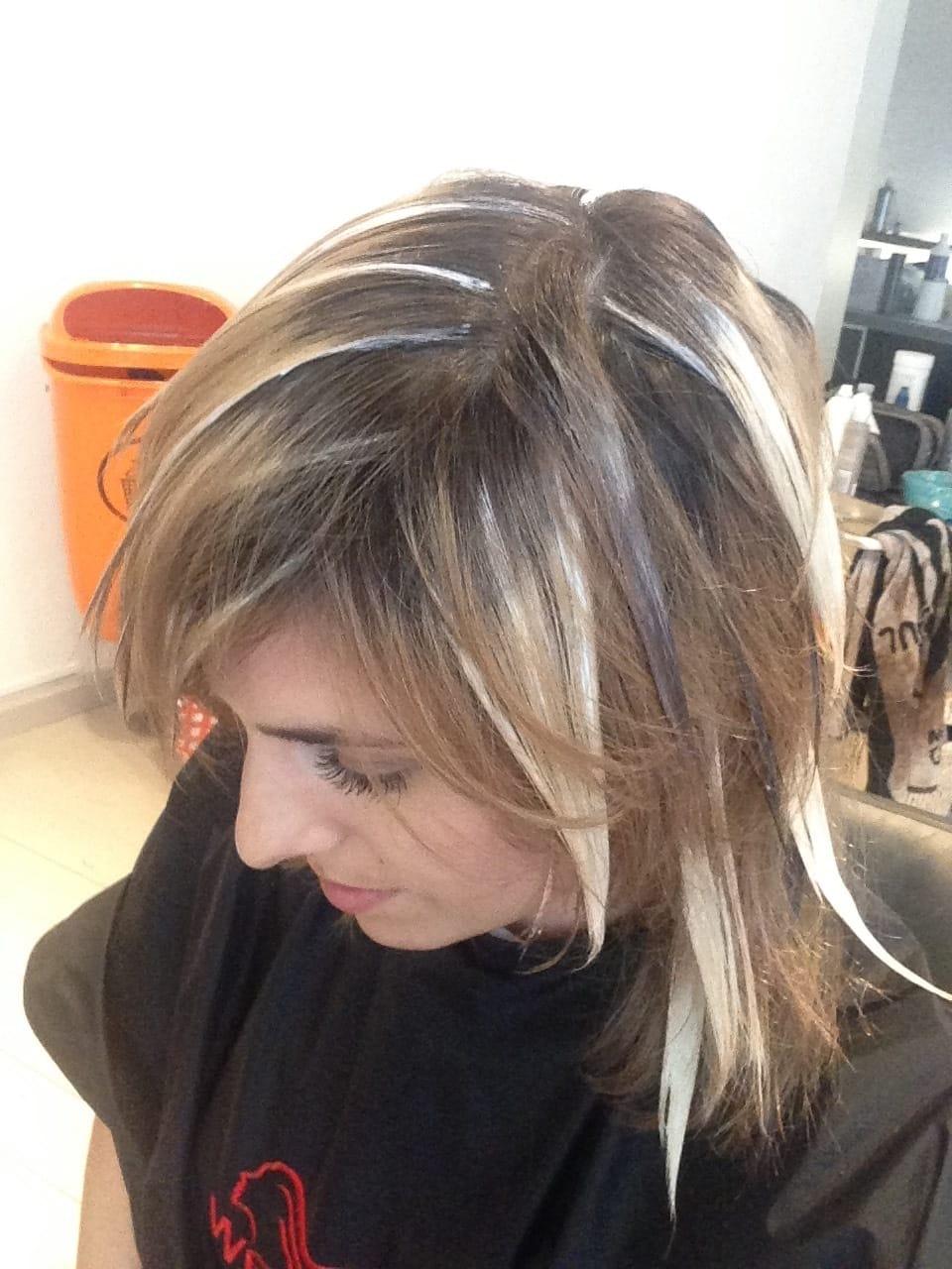 Dunklen bilder mit blond strähnen chlorefinpy: Viele